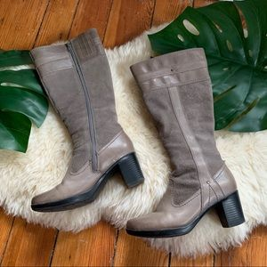 Clarks💕Gray Leather Suede Calf Boots 5.5
